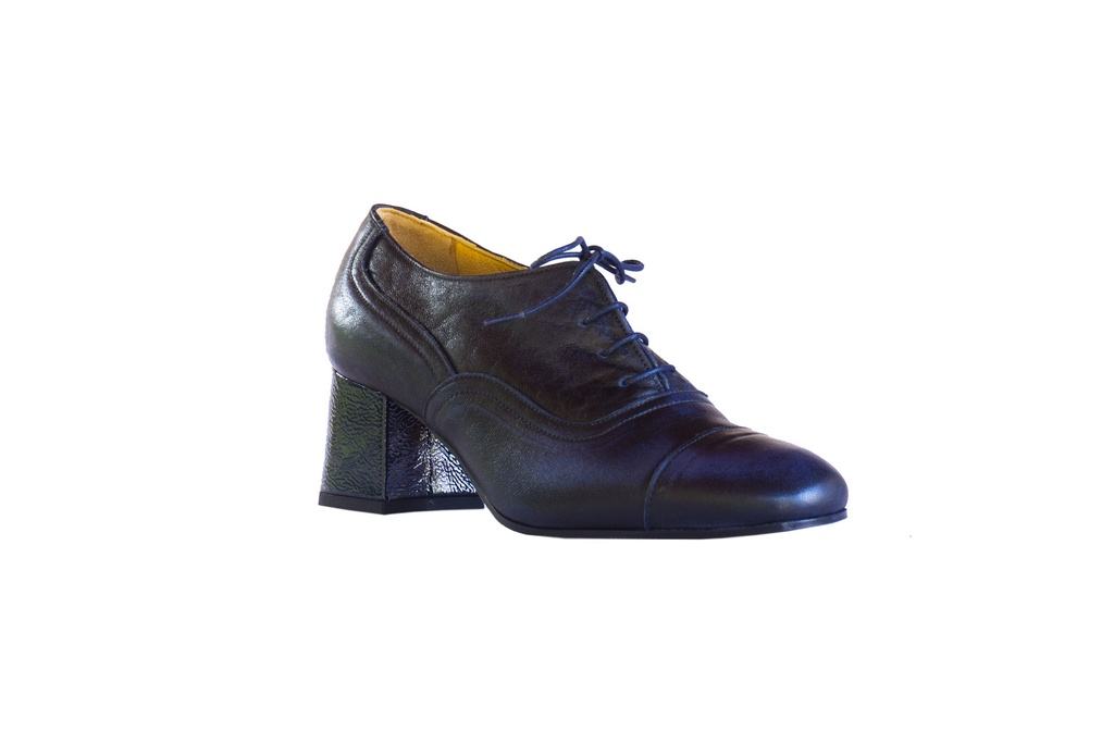 scarpa con stringa - DSC01085